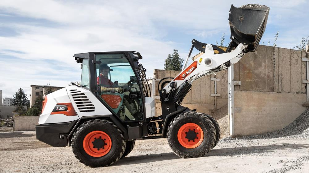 First Bobcat compact wheel loader rolls off the line image